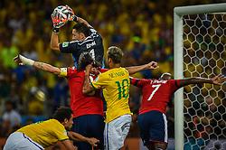 Neymar e Fred na partida entre Brasil x Colombia, válida pelas quartas de final da Copa do Mundo 2014, no Estádio Castelão, em Fortaleza-CE. FOTO: Jefferson Bernardes/ Agência Preview