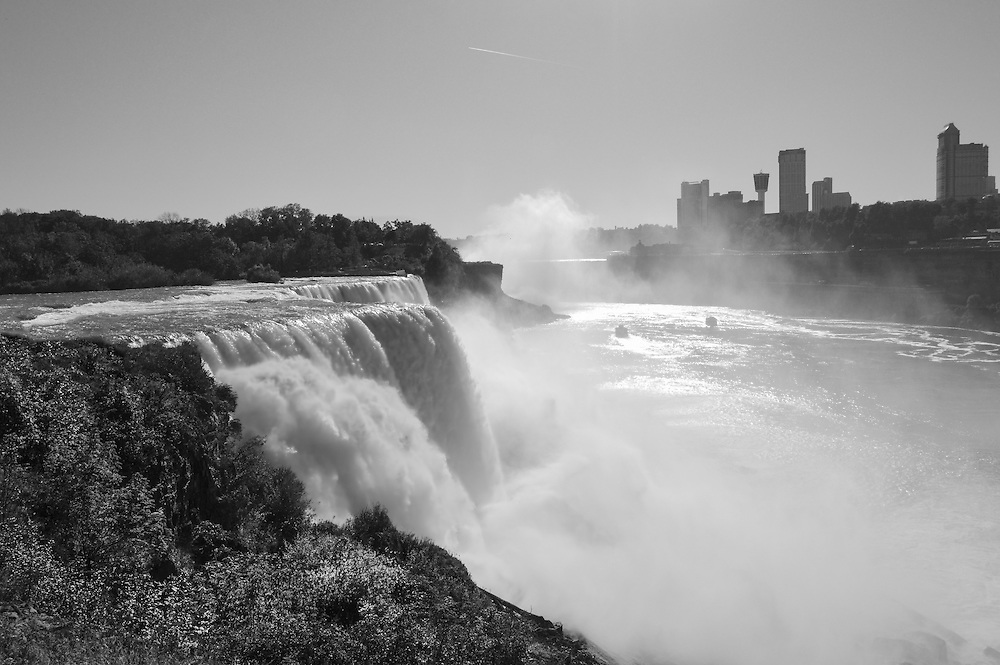 Niagara Falls is the collective name for three waterfalls that straddle the international border between Canada and the United States, between the province of Ontario and the state of New York.