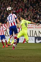 Atletico de Madrid´s Saul Niguez and Barcelona´s Luis Suarez during 2014-15 Spanish King Cup match between Atletico de Madrid and Barcelona at Vicente Calderon stadium in Madrid, Spain. January 28, 2015. (ALTERPHOTOS/Luis Fernandez)