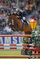 Pessoa Rodrigo (BRA) - Let's Fly<br /> CHIO Aachen 2008<br /> Photo © Hippo Foto