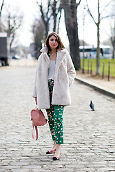 Street style, Emilie The Brunette arriving at Leonard Fall-Winter 2018-2019 show held at pavillon Ledoyen, in Paris, France, on March 5th, 2018. Photo by Marie-Paola Bertrand-Hillion/ABACAPRESS.COM