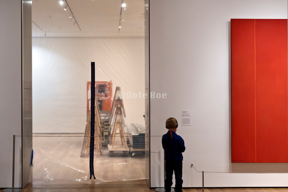 """gallery closed for installation of a new show at the Museum of Modern Art in New York with Bernett Newman """"Vir Heroicus Sublimis"""" (1950-1951)"""