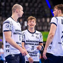 Simon Hald Jensen (SG Flensburg-Handewitt #5) ; Lasse Svan (SG Flensburg-Handewitt #11) ; Magnus Abelvik Rod (SG Flensburg-Handewitt #77) ; LIQUI MOLY HBL / 1. Handball-Bundesliga: TVB Stuttgart - SG Flensburg-Handewitt am 09.06.2021 in Stuttgart (PORSCHE Arena), Baden-Wuerttemberg, Deutschland<br /> <br /> Foto © PIX-Sportfotos *** Foto ist honorarpflichtig! *** Auf Anfrage in hoeherer Qualitaet/Aufloesung. Belegexemplar erbeten. Veroeffentlichung ausschliesslich fuer journalistisch-publizistische Zwecke. For editorial use only.
