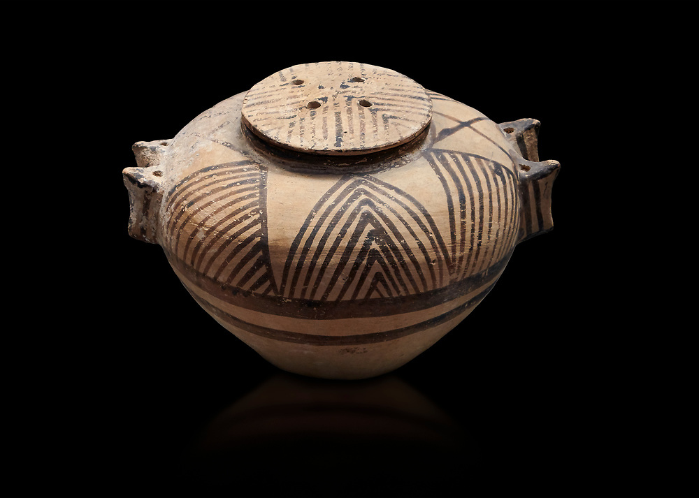 Cycladic ceramic spherical pyxis with painted linear decoration. Cycladic II (2800-2300 BC) , Chalandriani, Syros. National Archaeological Museum Athens. Cat no 5170.  Black background. .<br /> <br /> If you prefer to buy from our ALAMY PHOTO LIBRARY  Collection visit : https://www.alamy.com/portfolio/paul-williams-funkystock/cycladic-art-artefacts.html Type into the LOWER SEARCH WITHIN GALLERY box to refine search by adding background colour, place, museum etc<br /> <br /> Visit our CYCLADIC CIVILISATIONS PHOTO COLLECTIONS for more photos to download or buy as wall art prints https://funkystock.photoshelter.com/gallery-collection/Cycladic-civilisation-Ancient-Greek-Artefacts-art-Photos-Pictures-Images/C0000CmevVvnC.XU