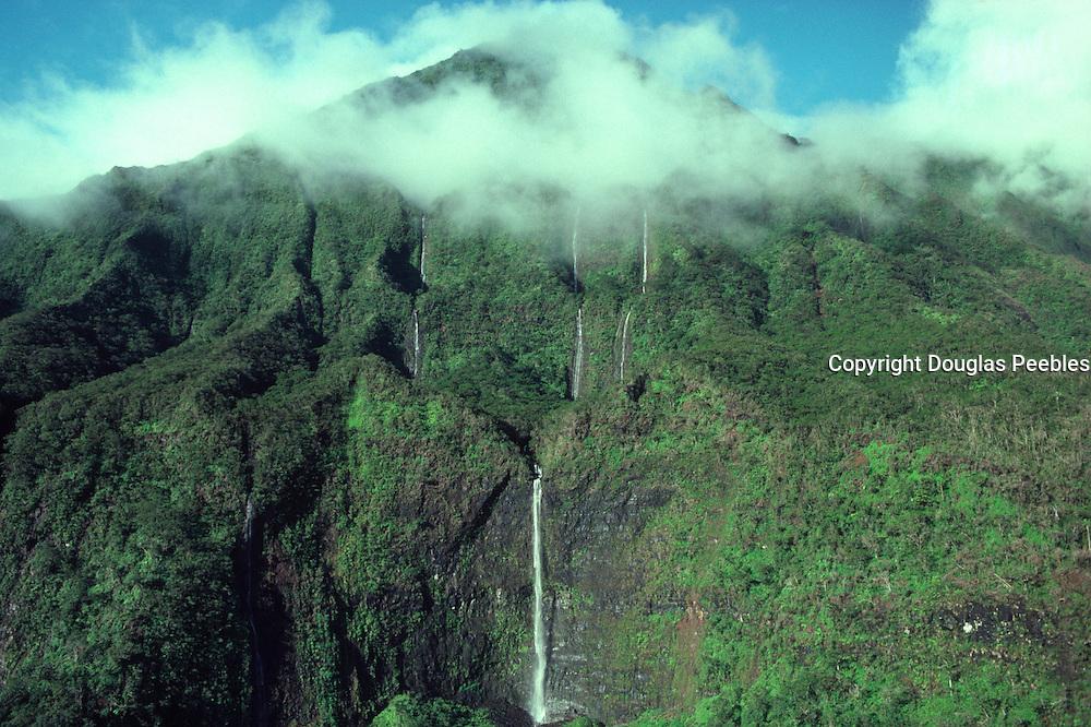 Mt, Waialeale (wettest spot on earth) Kauai, Hawaii<br />
