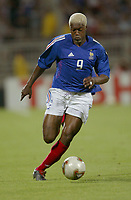 FOOTBALL - CONFEDERATIONS CUP 2003 - GROUP A - 030618 - FRANKRIKE v COLOMBIA - DJIBRIL CISSE (FRA) - PHOTO GUY JEFFROY / DIGITALSPORT