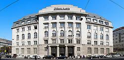 THEMENNBILD, Wien Österreich, Die Bank Austria ist eine Zentral- und Osteuropaeische Bank mit Hauptsitz in Wien. im Bild ein Gebaeude der Bank Austria. //THEME IMAGE, FEATURE, The Bank Austria is a Central and Eastern European bank with headquarters in Vienna. picture shows a building of the Bank Austria. EXPA Pictures © 2012, PhotoCredit: EXPA/ Sebastian Pucher