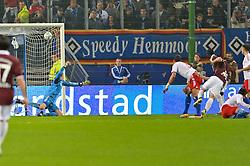 30.10.2011,  Imtech Arena, Hamburg, GER, 1. FBL, Hamburger SV (GER) vs 1.FC Kaiserslautern, im Bild Pierre de Wit (Kaiserslautern #21) schiesst das 1-0 fuer Kaiserslautern vorbei an Torhueter Jaroslav Drobny (Hamburg #01)// during the match at ImtechArena 2011/10/30. EXPA Pictures © 2011, PhotoCredit: EXPA/ nph/ Anja Witke +++++ ATTENTION - OUT OF GERMANY/(GER), CROATIA/(CRO) +++++