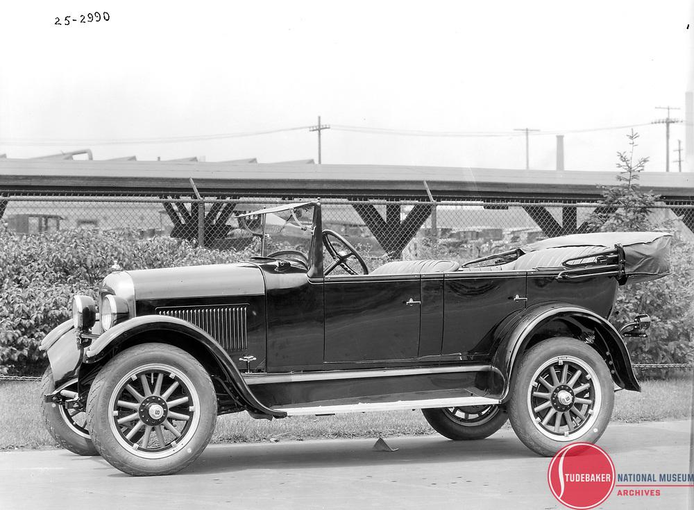 1925 Studebaker Standard Six Touring