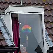 NLD/Wemeldinge/20100430 -  Koninginnedag 2010, mobiele beveiligingscamera's op een huis