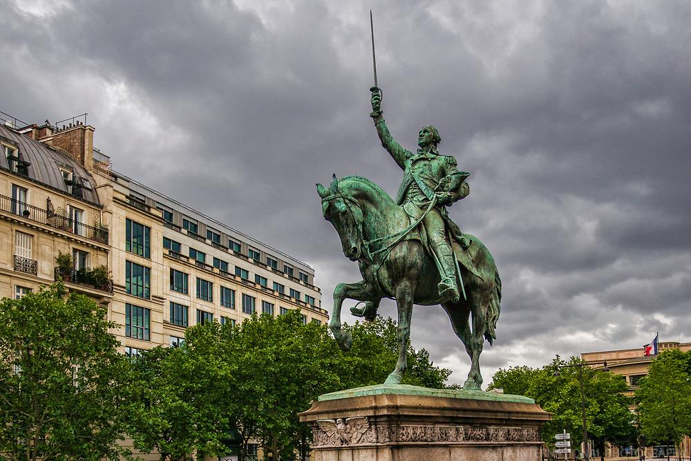 Statue Équestre de George Washington, Place d'Iéna
