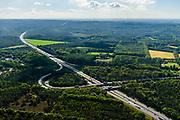 Nederland, Gelderland, Wolfheze, 29-05-2019; Knooppunt Grijsoord, verbinding A12 (Ede-Arnhem) met A50 (naar rechts, richting Nijmegen),  Het trompetknooppunt ligt ten noordwesten van Arnhem.<br /> Grijsoord junction, near Arnhem, connects motorways A12 and A50.<br /> <br /> luchtfoto (toeslag op standard tarieven);<br /> aerial photo (additional fee required);<br /> copyright foto/photo Siebe Swart