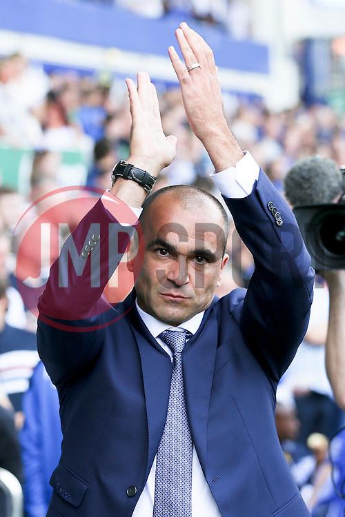 Everton Manager, Roberto Martinez applauds the fans - Mandatory byline: Matt McNulty/JMP - 07966386802 - 08/08/2015 - FOOTBALL - Goodison Park -Liverpool,England - Everton v Watford - Barclays Premier League