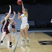 Women's Basketball: University of Wisconsin-Oshkosh Titans vs. University of Wisconsin-La Crosse Eagles