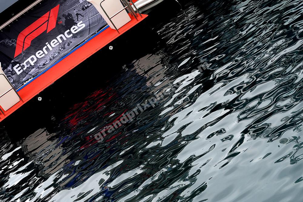 F1-sign in front of blue water before the 2019 Monaco Grand Prix. Photo: Grand Prix Photo