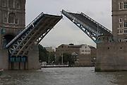 London bridge - open