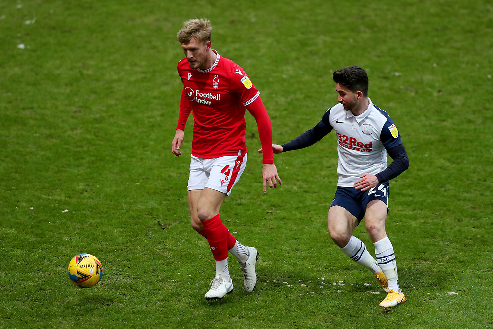 Joe Worrall of Nottingham Forest and Sean Maguire of Preston North End<br /> <br /> Photographer Paul Greenwood/CameraSport<br /> <br /> The EFL Sky Bet Championship - Preston North End v Nottingham Forest - Saturday 2nd January 2021 - Deepdale - Preston<br /> <br /> World Copyright © 2020 CameraSport. All rights reserved. 43 Linden Ave. Countesthorpe. Leicester. England. LE8 5PG - Tel: +44 (0) 116 277 4147 - admin@camerasport.com - www.camerasport.com