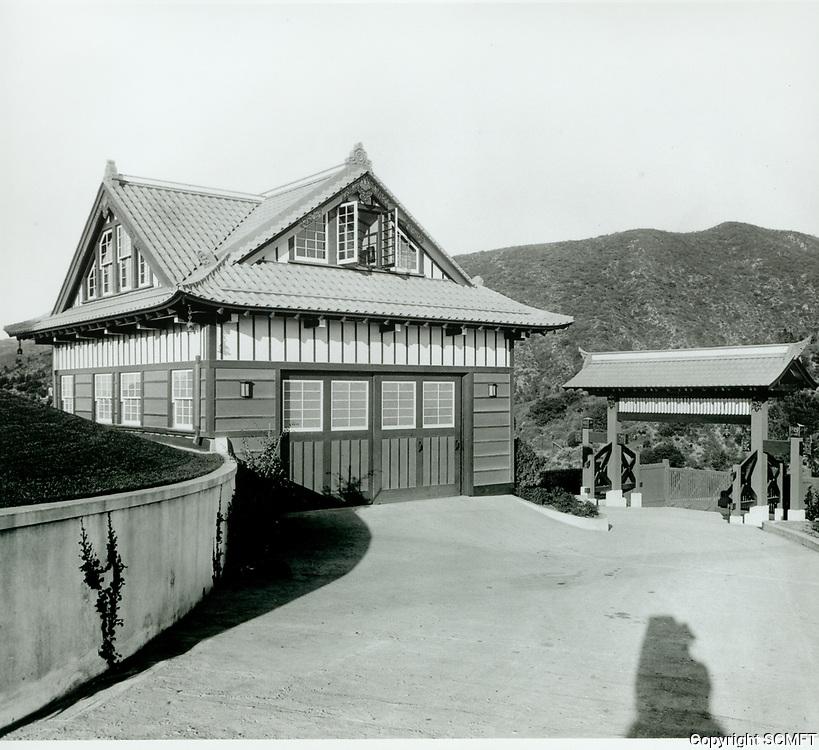 1918 The garage at the Bernheimer Estate. Now the Yamashiro