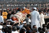 Funeral of Indian Prime Minister Indira Gandhi  after her assassination in October 1984. New Delhi, India. November 1984. Photographed by Jayne Fincher