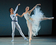 GASTON DE CARDENAS / EL NUEVO HERALD -- MIAMI, FL --  4/17/2009 -- Jennifer Kronenberg and Carlos Guerra principle dancers  in Serenade part of Miami City Ballet presention of Open Barre 3 a sneak preview into the 2009-2010 season at the Miami City Ballet Studios on Miami Beach.