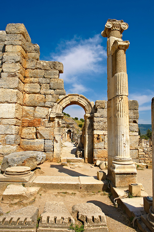Entrance to the Odeion (Small Thaetre) that was built as a council chamber in 2nd century A.D. Ephesus Archaeological Site, Anatolia, Turkey. .<br /> <br /> If you prefer to buy from our ALAMY PHOTO LIBRARY  Collection visit : https://www.alamy.com/portfolio/paul-williams-funkystock/ephesus-celsus-library-turkey.html<br /> <br /> Visit our TURKEY PHOTO COLLECTIONS for more photos to download or buy as wall art prints https://funkystock.photoshelter.com/gallery-collection/3f-Pictures-of-Turkey-Turkey-Photos-Images-Fotos/C0000U.hJWkZxAbg