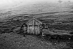 Deserted farm at Hrutafell, Eyjafjoll, Iceland - Eyðibýli og rústir við Hrútafell
