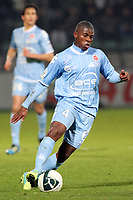 FOOTBALL - FRENCH CHAMPIONSHIP 2011/2012 - CLERMONT FA v STADE DE REIMS - 28/11/2011 - PHOTO EDDY LEMAISTRE / DPPI - FLOYD AYITE (REI)