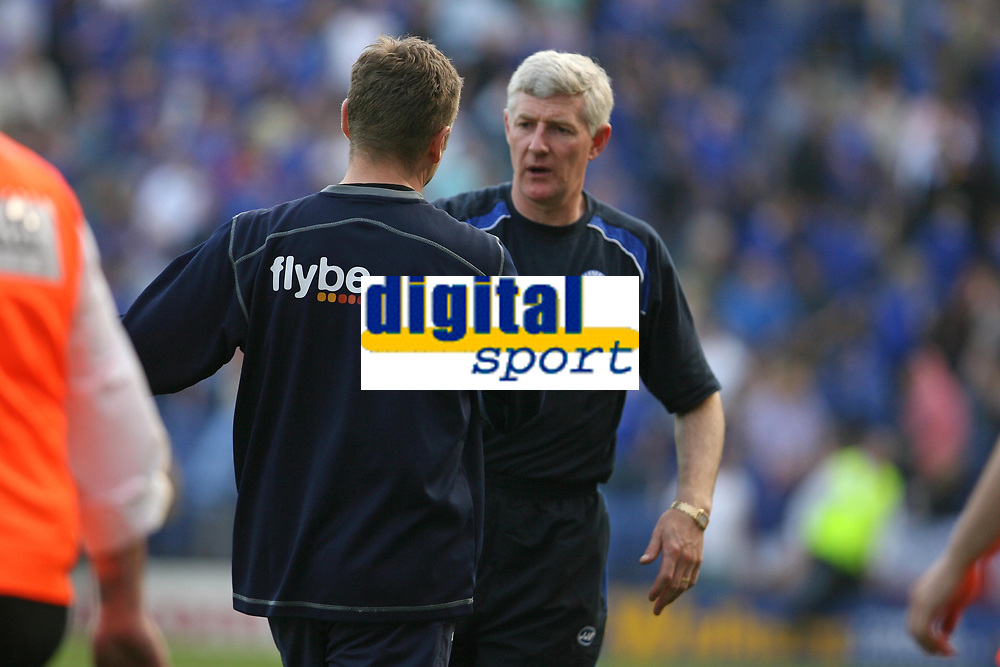 Photo: Pete Lorence.<br />Leicester City v Norwich City. Coca Cola Championship. 14/04/2007.<br />Peter Grant and Nigel Worthington shake hands after the match.