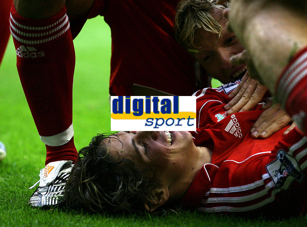 Photo: Paul Thomas.<br /> Liverpool v Chelsea. The FA Barclays Premiership. 19/08/2007.<br /> <br /> Goal scorer Fernando Torres celebrates his goal with team-mate Dirk Kuyt.
