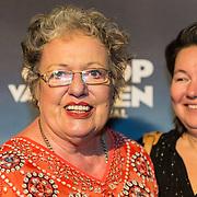 NLD/Zaandam/20190128- première musical Op Hoop van Zegen, Astrid Nijgh en partner Louise