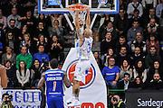 DESCRIZIONE : Campionato 2014/15 Serie A Beko Dinamo Banco di Sardegna Sassari - Acqua Vitasnella Cantu'<br /> GIOCATORE : David Logan<br /> CATEGORIA : Schiacciata Controcampo<br /> SQUADRA : Dinamo Banco di Sardegna Sassari<br /> EVENTO : LegaBasket Serie A Beko 2014/2015<br /> GARA : Dinamo Banco di Sardegna Sassari - Acqua Vitasnella Cantu'<br /> DATA : 28/02/2015<br /> SPORT : Pallacanestro <br /> AUTORE : Agenzia Ciamillo-Castoria/L.Canu<br /> Galleria : LegaBasket Serie A Beko 2014/2015