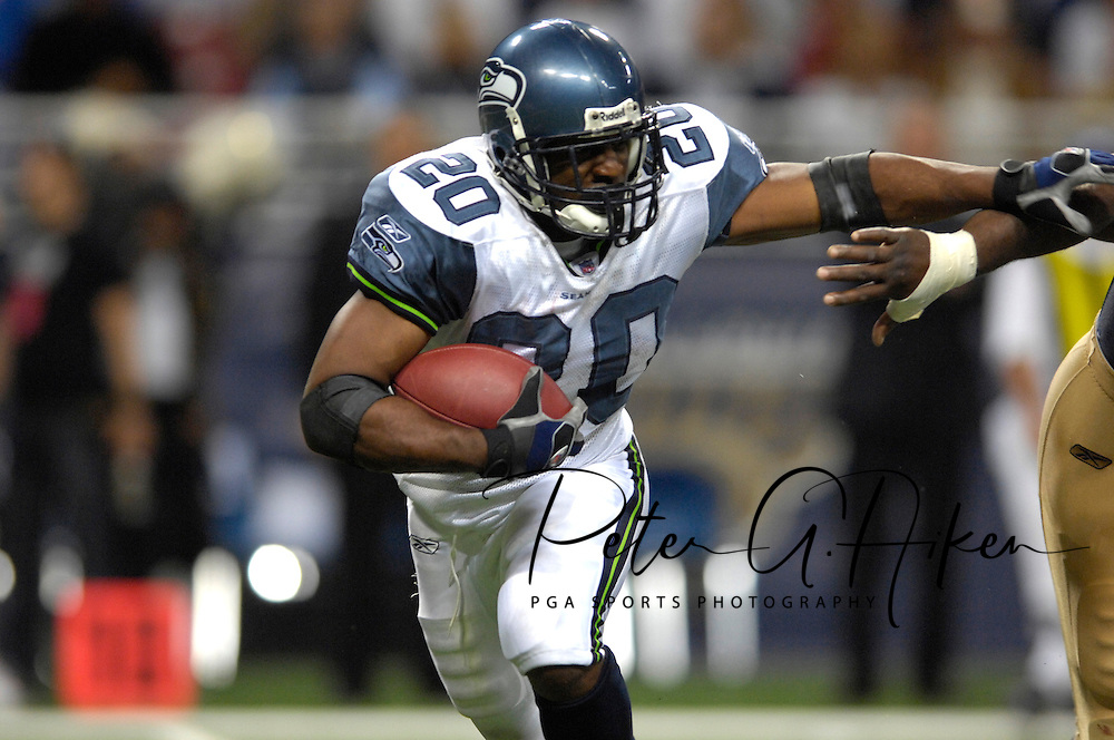 Seattle running back Maurice Morris (20) during action at the Edward Jones Dome in St. Louis, Missouri, October 15, 2006.  The Seahawks beat the Rams 30-28.<br />