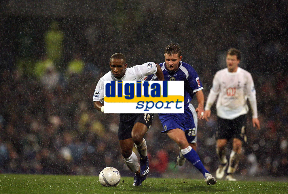 Photo: Rich Eaton.<br /> <br /> Cardiff City v Tottenham Hotspur. The FA Cup. 07/01/2007. Jermain Defoe left of Spurs outpaces Cardiffs Stephen McPhail