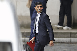 © Licensed to London News Pictures. 15/09/2021. London, UK. Chancellor of the Exchequer Rishi Sunak is seen leaving Parliament after prime minister's questions. Prime minister Boris Johnson is to carry out a reshuffle of his cabinet this afternoon. Photo credit: Peter Macdiarmid/LNP