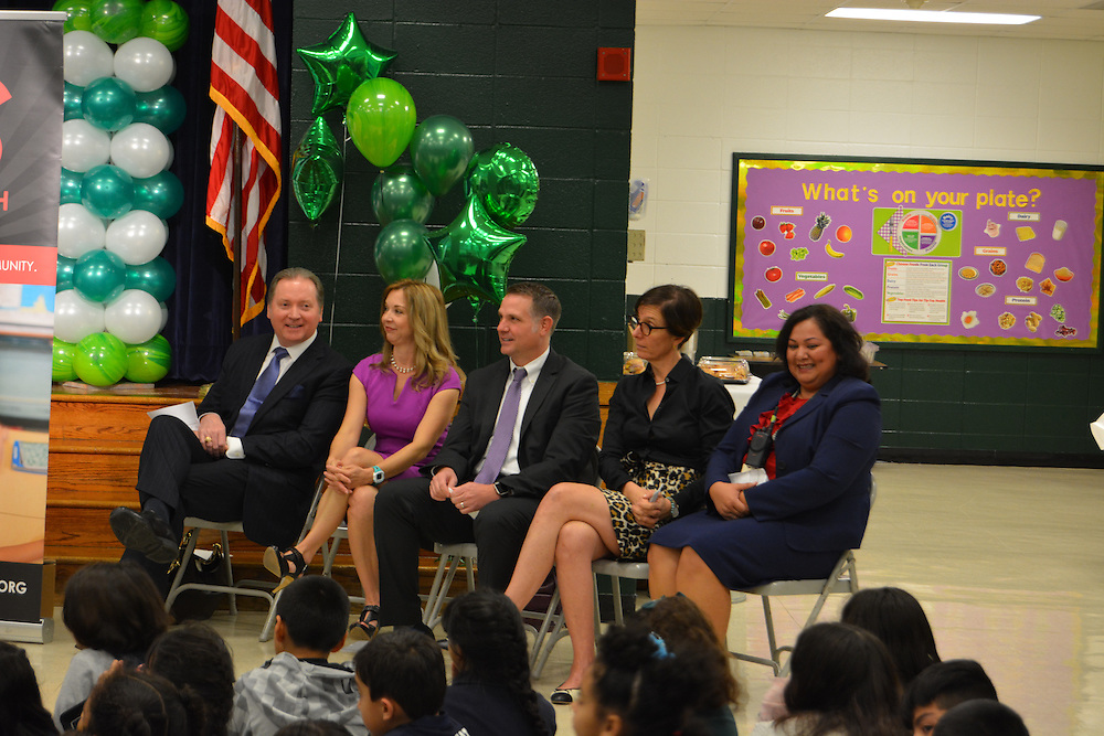 A new initiative of the Barbara Bush Houston Literacy Foundation called My Home Library kicked off Jan. 17, 2017, at Browning ES. From left, Lee Tillman, Julie Baker Finck, HISD's Lance Menster, Anna Eastman, and Browing Principal Julie Elizondo.