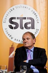 Marko Umberger med STA Maxi sportni klub, v katerem so govorilo o preboju teniskih igralvec v TOP 100. Dne 20, Novembra 2012 v Maksimarketu, Ljubljana, Slovenija. (foto Urban Urbanc / sportida)