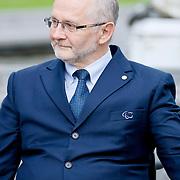 NLD/Apeldoorn/20110913 - Prinses Margriet ontvangt erebestuur Internationaal Paralympisch Comite, Sir Philip Craven