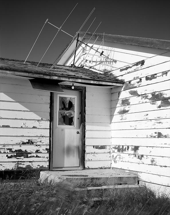 Door and Antenna, Girvin, SK