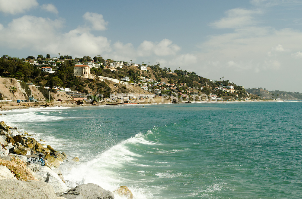 Malibu Waterfront Homes On The Cliffs