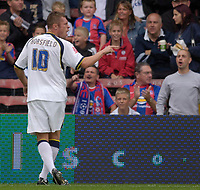 Photo: Daniel Hambury.<br />Crystal Palace v Leeds United. Coca Cola Championship. 13/08/2006.<br />Leeds' Geoff Horsefield is sent off by Rob Styles but continues to vent his anger.