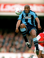 Fotball <br /> Coventry<br /> Foto: Colorsport/Digitalsport<br /> NORWAY ONLY<br /> <br /> Dion Dublin (Coventry) Arsenal v Coventry City. 19/10/96.
