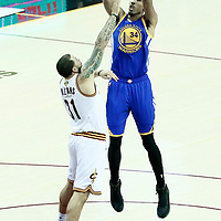 09 June 2017: Golden State Warriors guard Shaun Livingston (34) takes a jump shot over Cleveland Cavaliers guard Deron Williams (31) during the Cleveland Cavaliers 137-11 victory over the Golden State Warriors, in game 4 of the 2017 NBA Finals, at  the Quicken Loans Arena, Cleveland, Ohio, USA.