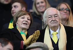 Norwich City's Delia Smith and husband Michael Wynn-Jones before kick off