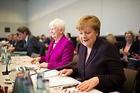 DEU, Deutschland, Germany, Berlin, 23.02.2016: Bundeskanzlerin Dr. Angela Merkel (CDU) vor Beginn der Fraktionssitzung im Deutschen Bundestag.