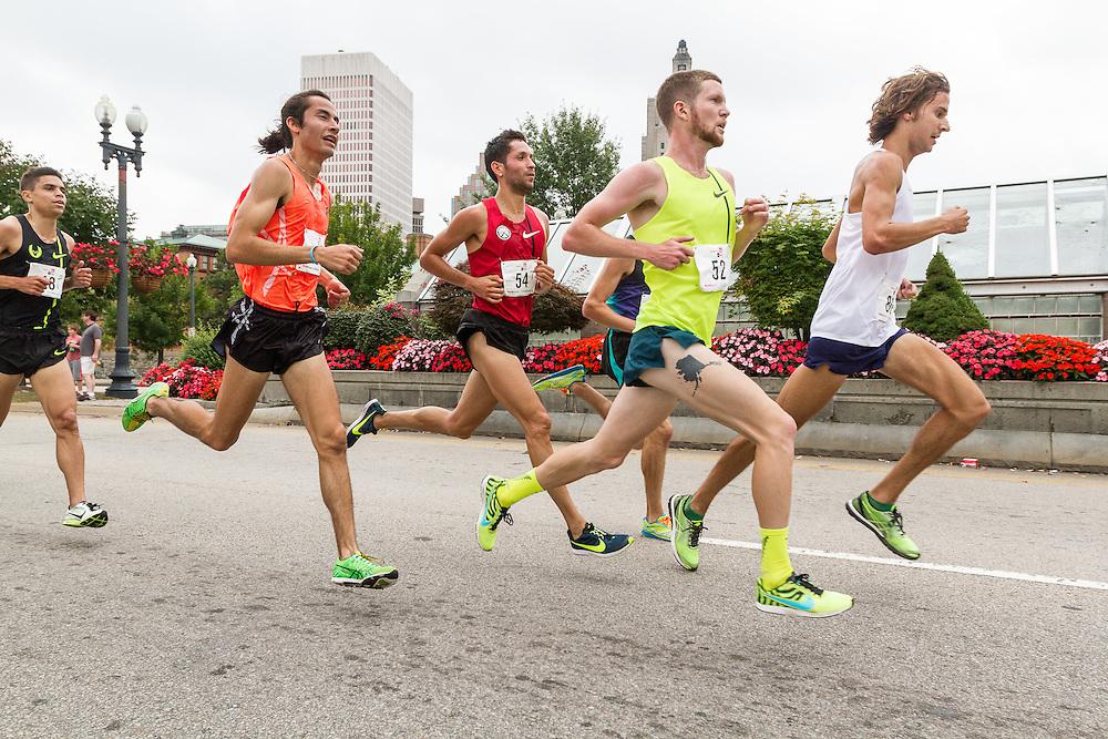 CVS Health Downtown 5k, USA 5k road championship, lead pack of men with quarter mile to go, Jimmy Spisak (80), Trevor Dunbar (52), German Fernandez (54), eventual winner Diego Estrada (53)