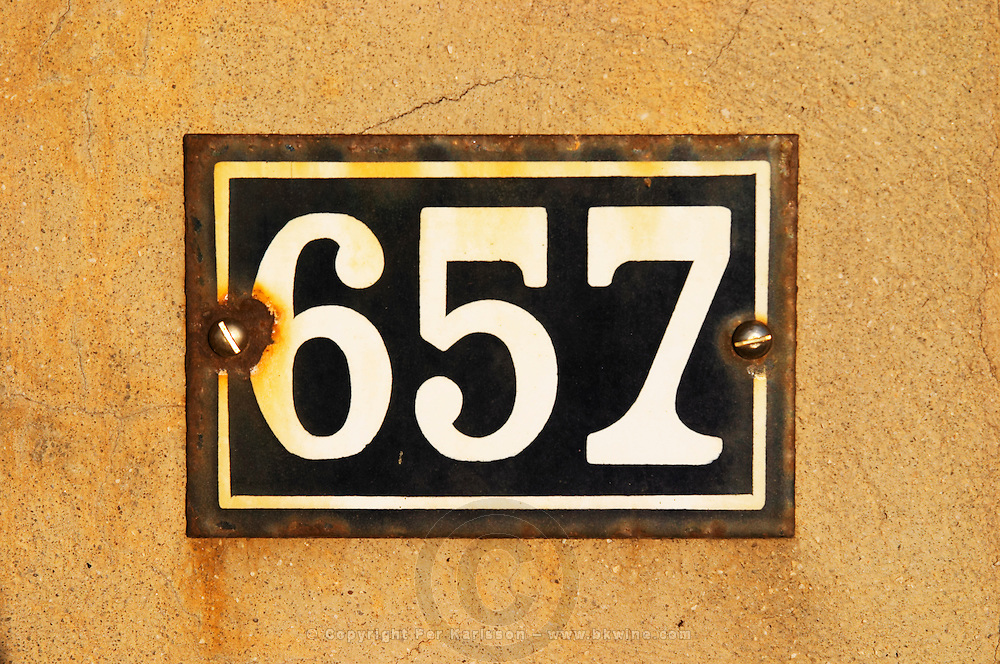 Detail of entrance number 657 6 5 7 six five seven six hundred and fifty seven. Clos des Iles Le Brusc Six Fours Cote d'Azur Var France