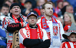 05.03.2011, AWD Arena, Hannover, GER, 1.FBL, Hannover 96 vs FC Bayern Muenchen, im Bild entaeuschte Bayern Muenchen Fans.EXPA Pictures © 2011, PhotoCredit: EXPA/ nph/  Schrader       ****** out of GER / SWE / CRO  / BEL ******