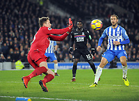 Football - 2017 / 2018 Premier League - Brighton & Hove Albion vs. Crystal Palace<br /> <br /> Wayne Hennessey of Palace saves from Glenn Murray, at The Amex.<br /> <br /> COLORSPORT/ANDREW COWIE