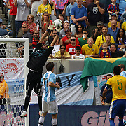 Sergio Romero, Argentina, spills the ball leading to Hulk scoring for Brazil during the Brazil V Argentina International Football Friendly match at MetLife Stadium, East Rutherford, New Jersey, USA. 9th June 2012. Photo Tim Clayton