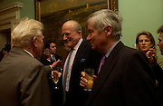 Paul Johnson, Claus von Bulow and Piers Paul Read. andrew Roberts and Leonie Frieda celebrate the publication of Andrew's 'Waterloo: Napoleon's Last Gamble' and the paperback of Leonie's 'Catherine de Medic'i. English-Speaking Union, Dartmouth House. London. 8 February 2005. ONE TIME USE ONLY - DO NOT ARCHIVE  © Copyright Photograph by Dafydd Jones 66 Stockwell Park Rd. London SW9 0DA Tel 020 7733 0108 www.dafjones.com